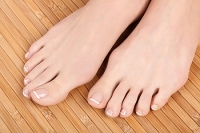 How Can I Properly Care for My Diabetic Feet?